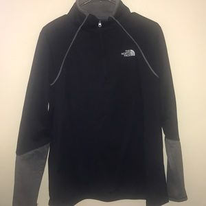North Face women's 1/4 zip pullover
